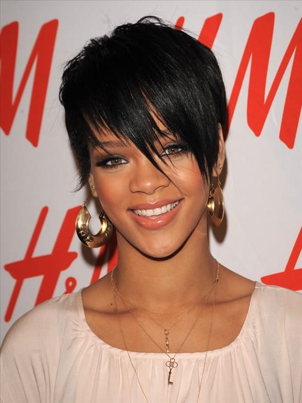 Rihanna kapak kızı oldu - 34