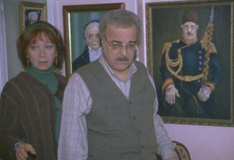 Hayata erken veda eden oyuncu Yavuzer Çetinkaya'nın eşi olan Meral Çetinkaya'yı milyonlarca izleyici Bizimkiler dizisinin Ayla Hanım'ı olarak tanıdı.