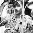 Rihanna konserde coştu - 25