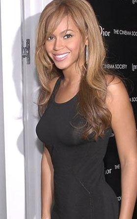 Beyonce kameralar karşısına böyle çıkıyor.