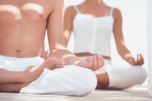 Gevşeme ve Nefes Egzersizleri  Bu egzersizleri yapmak çifti rahatlatıp alacakları hazzı yoğunlaştırabilir. Yoga, pilates gibi egzersizler de pelvik bölgede kan akışını hızlandırdığı için cinsellikten alınan haz artırabilir.