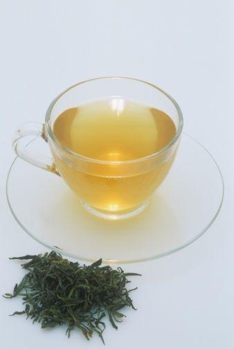Organik yeşil çay:  Antioksidan özelliği sayesinde zararlı kimyasallardan vücudu arındırır.