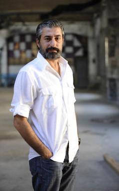 Erdal Petekkaya 1971 doğumlu.