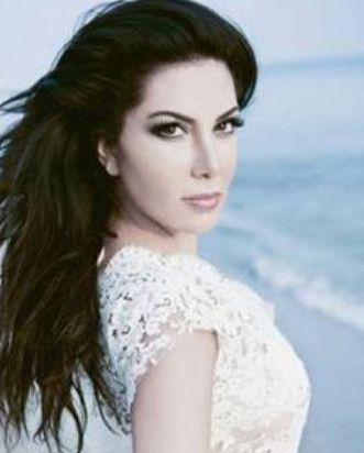 """Ebru Yaşar:   """"Türkiye´de erkek ses sanatçısı çok fazla. Zaten erkekler pek Showgirl´lük yapmıyor."""""""