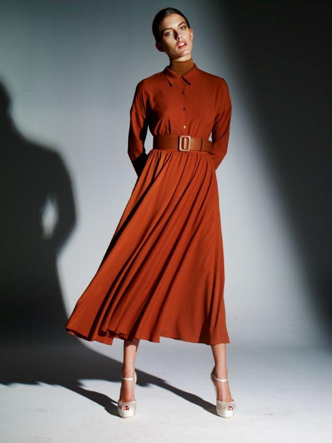 """Sesinin ve şarkılarının yanı sıra,  güzelliği ve giyim tarzıyla da, 60'lı yılların müzik ve stil ikonu ilan edilen Francoise Hardy'den esinlenerek hazırlanan """"Francoise Hardy"""" koleksiyonu, NGSTYLE'ın tasarımlarıyla hayat buluyor. Nostaljik zamanların zarif ve stil sahibi kadınlarını günümüze taşıyan NGSTYLE, masum ve çekici kombinleriyle dikkat çekiyor."""