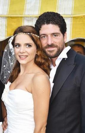 Çiftin düğünü medyada da uzun süre konuşuldu.