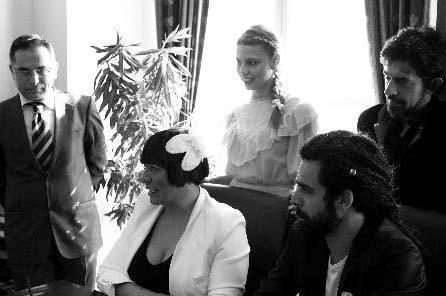 Işın Karaca da bu yaz nikah masasına oturan ünlülerden biriydi