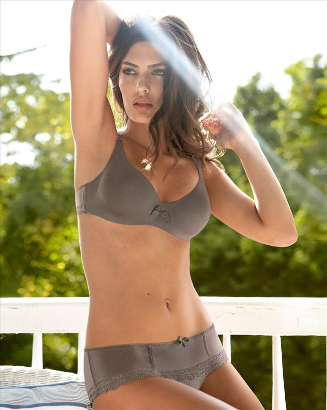 Alyssa Miller - 41
