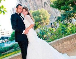 Kavak Yelleri dizisiyle yıldızı parlayan Pelin Karahan spor hocası Erdinç Bekiroğlu ile Barcelona'da evlendi.