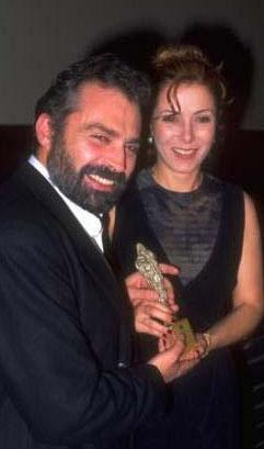 Zuhal Olcay üçüncü evliliğini 1992'de Haluk Bilginer'le yaptı.