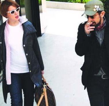 Ünlü şovmen Okan Bayülgen de Şirin Ediger ile 2008'in son gününde Roma'da evlendi.