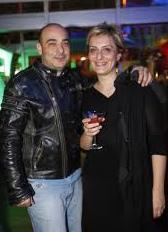 Oysa Daltaban gerçek hayatta Özlem Daltaban ile evli.