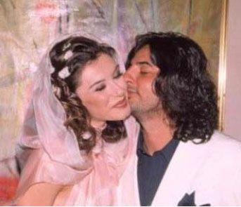 İnanır'ın avukatı, Buket Saygı'nın defilede çekilen fotoğraflarını mahkemeye delil olarak sundu.