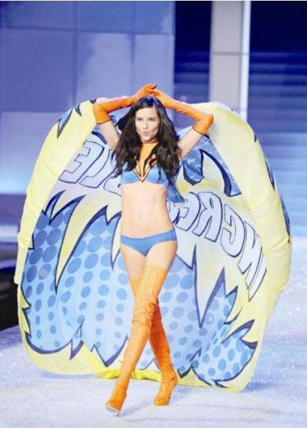 Ünlü iç giyim firması Victoria's Secret'ın merakla beklenen defilesi, önceki gece New York'ta Yapıldı.
