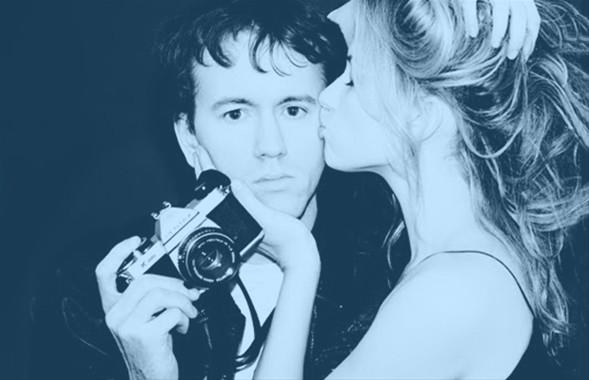 """Ünlülerin fotoğrafçısı olarak bilinen Tyler Shields, her çekimi ile gündem belirliyor. Hatta bazı çalışmalarını pornografik olarak tanımlayanlar da var.   Shields ise bu eleştirilere """"Bu porno değil, sanat"""" olarak karşılık veriyor. İşte ünlü fotoğrafçının en ilgi çeken çalışmaları..."""