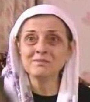BİR KÖTÜ KAYNANA DAHA Yaprak Dökümü'nün tek kötü kadını Ferhunde değil, Fikret'in kaynanası Cevriye Hanım da kötülükte ondan hiç geri kalmadı.