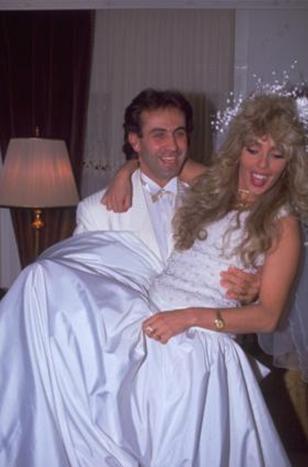 Daha sonraki evliliğini de Timmy Alejtanij ile yaptı. Ondan bir kızı oldu. Tuğba, geçen yıl da bir işadamıyla nikah masasına oturdu.