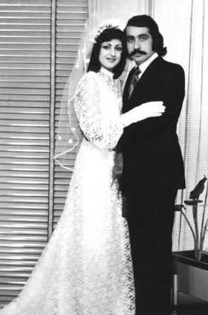 Muazzez Ersoy adı henüz Hatice Yıldız Levent olduğu dönemde ilk evliliğini yaptı. O sırada sadece 16 yaşındaydı.