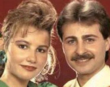 Deniz Seki, henüz 20'li yaşlarının başındayken Turhan Başaranoğlu ile evlendi.