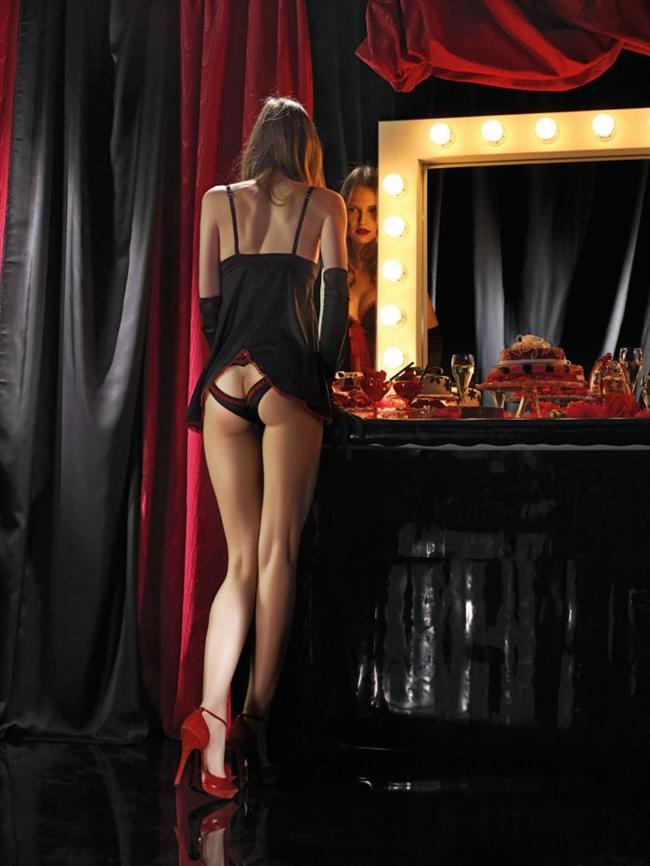Ünlü moda firmalarının birlikte çalışmak için sıraya girdiği Flavia Lucini, özellikle iç giyim ve bikini markaları tarafından tercih ediliyor.