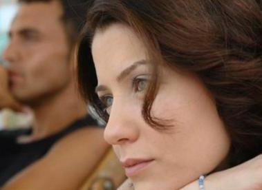 Sera Tokdemir de ekranın genç yüzlerinden biri.
