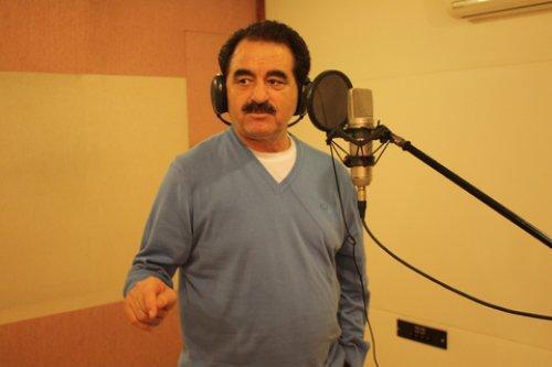 'Mucize' albümünde 12 yepyeni bestenin yer aldığını belirten Polat Yağcı, sanatçısının rahat bir ortamda çalışması için her türlü lüksü sağlıyor.