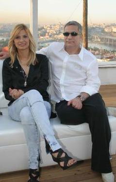 HAFTALARCA BASININ GÜNDEMİNDE KALDI Mehmet Ali Erbil ile eşi Tuğba Coşkun'un boşanması da haftalarca gündemden düşmedi.