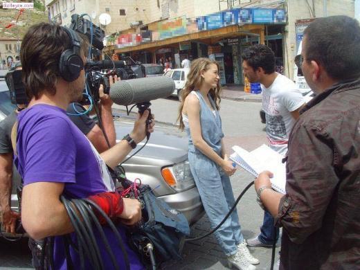 Dizinin devam sahnelerinde ise İstanbul Kandilli'de bulunan set kullanılıyor.