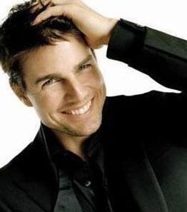 TOM CRUISE  Tom Cruise'un babası elektrik teknisyeni.