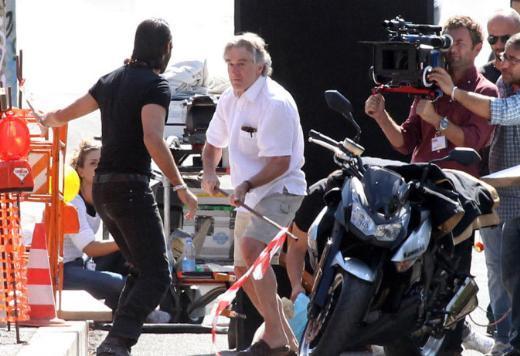 """Robert De Niro Manuale d'amore 3"""" ün setinde tecrübesini konuşturuyor."""