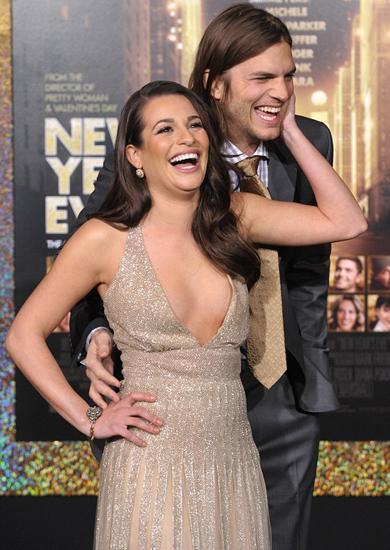Önceki gün yönetmen Garry Marshall'ın düzenlediği bir partiye katılan genç oyuncu, 'Glee' dizisinin yıldızlarından Lea Michele'le sabahın ilk ışıklarına kadar eğlendi.