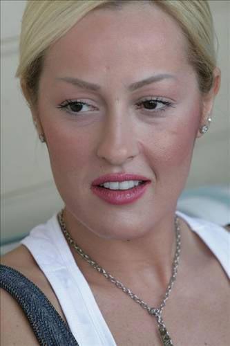 Helin Avşar