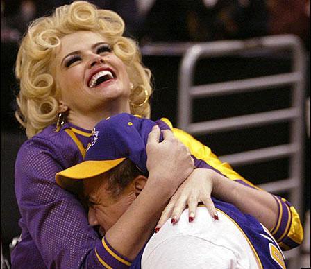 Anna Nicole Smith'in yaşamı - 13