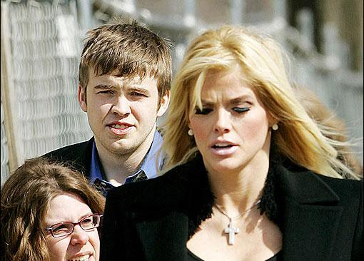 Anna Nicole Smith'in yaşamı - 17