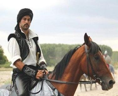 Yeni sezonda ise Malkoçoğlu karakteri ile Muhteşem Yüzyıl dizisinin kadrosuna dahil oldu.