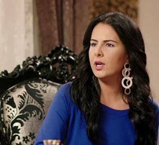 Solmaz, Umutsuz Ev Kadınları dizisinin Zeliş'iini canlandırıyor.