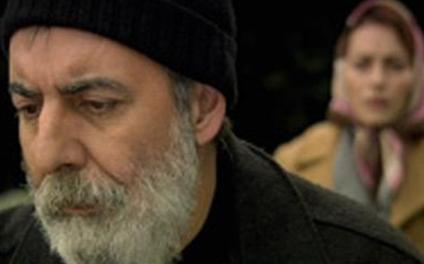 Orhan Alkaya, geçen sezon Öyle Bir Geçer Zaman ki'nin bilge balıkçısı Hikmet Karcı rolündeydi.