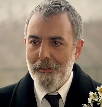 Dizinin sezon finalinde öldü Hikmet Karcı.