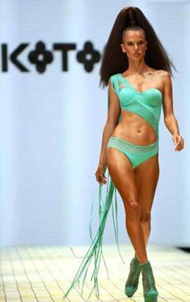 Bir başka top model Alessandra Ambrosio, İstanbul Fashion Week'in konuklarındandı.