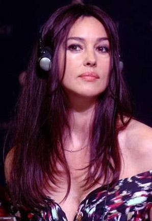Mardan Palace açıışına gelen ünlülerden biri de İtalyan yıldız Monica Bellucci'ydi.