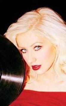 Christina Aguilera, 2000'lerin başında İki yıl önce Rus banker Andrey Melnichenko ile eski Yugoslavya güzelinin düğününde şarkı söyledi.
