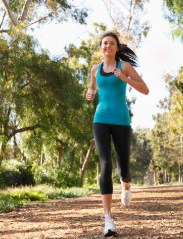 Egzersizi ihmal etmeyin  Sağlıklı yaşam ve sağlıklı beslenme düzeninin içerisine muhakkak bir egzersiz programını dahil edin. Yaşam koşullarınıza uygun, sürekli yapabileceğiniz bir aktivite türünü seçin ve düzenli olarak egzersiz yapın.