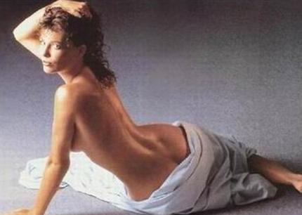 Bu fotoğraftaki ünlü, 80'lerin paylaşılamayan oyuncularından biriydi...