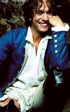 Vincent Perez 80 ve 90'ların en yakışıklı aktörlerinden biriydi.