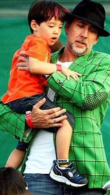 Nicholas Cage, Alice Kim'den olan oğluna Kal-el adını verdi. Bu Superman'ın kripton gezegenindeki adı.