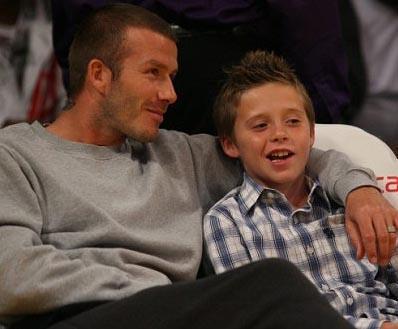 Beckham çiftinin büyük oğullarının adı Brooklyn.