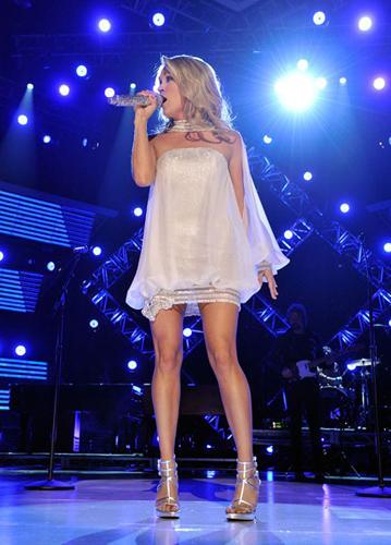 7 - Carrie Underwood