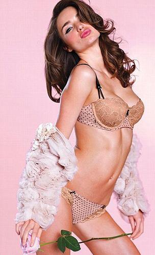 Miranda Kerr - 42
