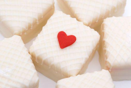 •Tatlılarda meyveli ve sütlü tatlıları tercih edin ve mümkünse tatlınızı paylaşın.