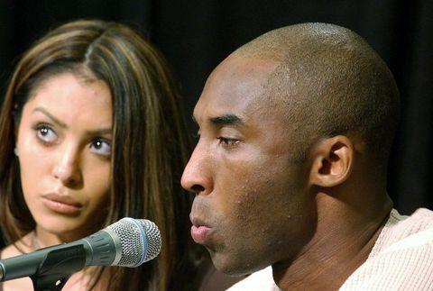 Boşanmaya neden olarak ikilinin anlaşamaması gösterildi ancak asıl nedenin geçmişte de aldatan basketbolcunun Vanessa Bryant'ı yeniden aldatması olduğu iddia ediliyor.
